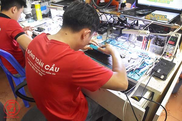 Học sửa điện thoại tại Hà Nội (ảnh 6)