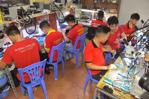 Học sửa chữa điện thoại tại Hà Nội (ảnh 2)