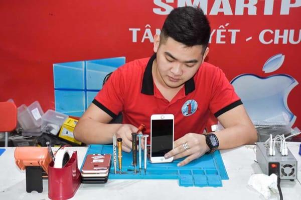Học nghề sửa chữa điện thoại phù hợp với những ai 2