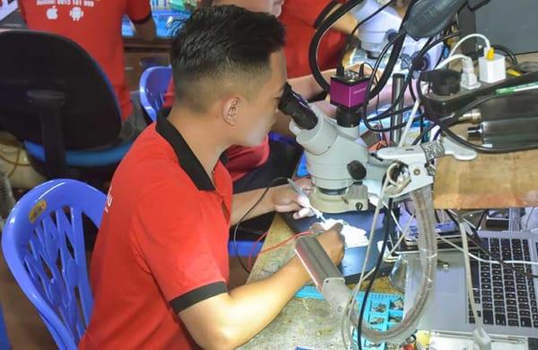 Học phí học nghề sửa chữa điện thoại 3