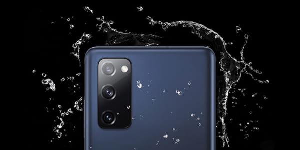 Galaxy S20 FE và Note 20 đều được trang bị công nghệ chống nước IP68