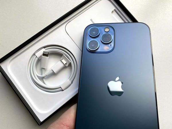hộp đựng iPhone 12 sẽ mỏng hơn