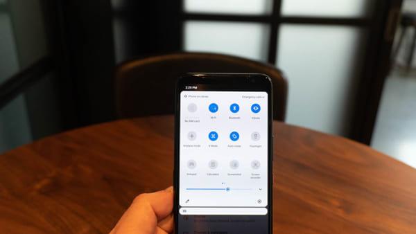 Màn hình AMOLED của ROG Phone 3 sở hữu độ phân giải 2.340 x 1.080