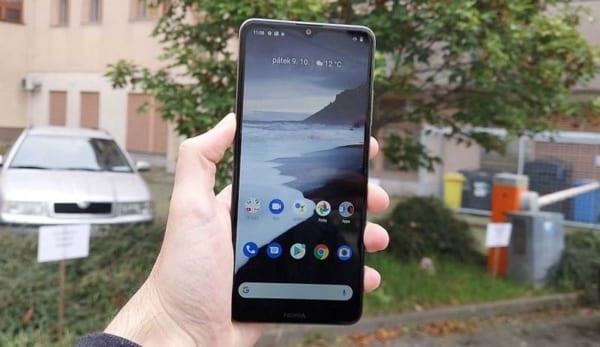 Nokia 2.4 sử dụng màn hình LCD HD + 6,5 inch