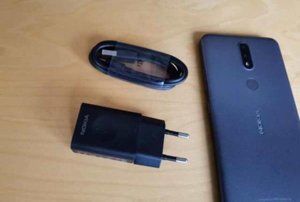 Pin 4500mAh có thể nói Nokia 2.4 thuộc top điện thoại pin trâu