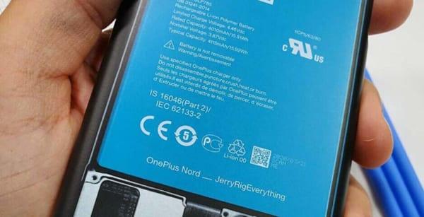 OnePlus Nord sử dụng viên pin 4.100mAh hỗ trợ công nghệ Warp Charge 30T