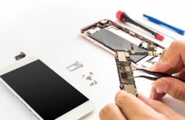 Sửa điện thoại học ngành gì năm 2021?【CHIA SẺ HỮU ÍCH】