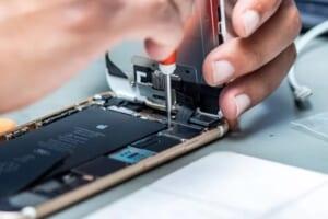 Học sửa chữa điện thoại cần chuẩn bị những gì?